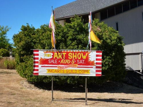 Show sign